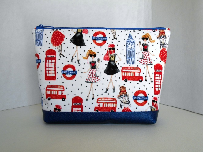 Stitch ALL The Things | London Underground Glitter Vinyl Bottom Project Bag
