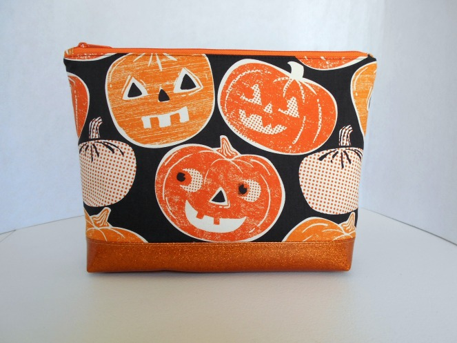 Stitch ALL The Things | Jack O Lanterns Glitter Vinyl Bottom Project Bag
